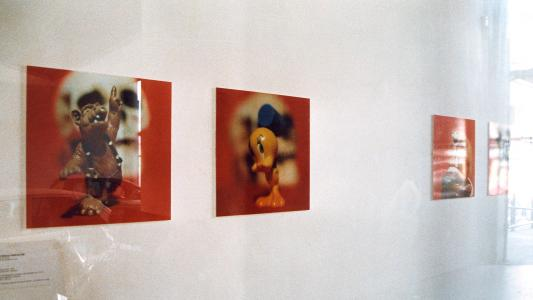 <b>Fais-moi confiance...</b> - exhibition view / M.A.M.A.C. windows / Nice / 1999