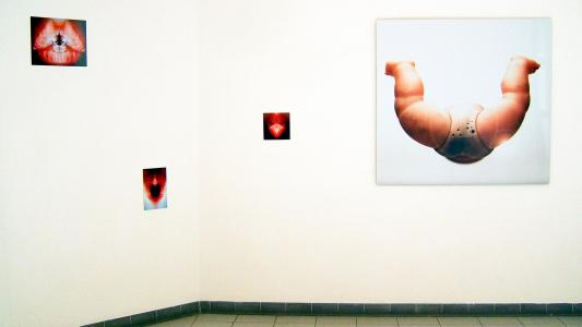 <b>Electromagnetic spectrum</b>, exhibition view, Passage de l'art, Marseille, 2005